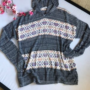 3X hooded top